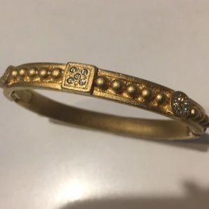 Vintage gold tone bangle bracelet rhinestones